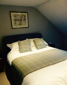 flora bedroom